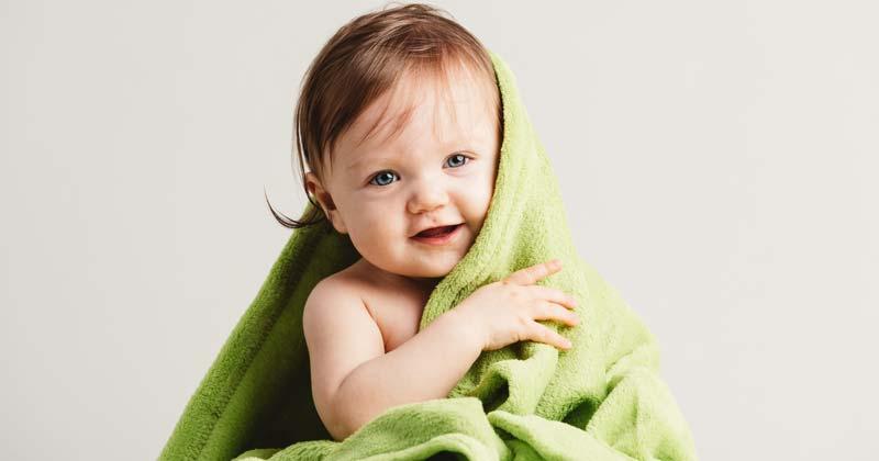 cele mai bune tesaturi pentru bebelusi