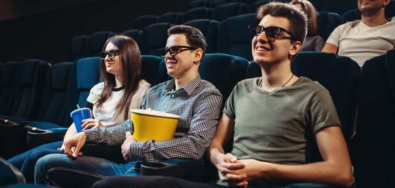 recenzie film tron cyber beauty